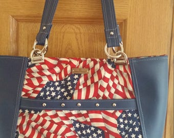 Pariotic Tote, Red, White, Blue Purse, Large Bag, Zippered Closure