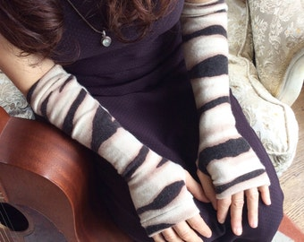 Cashmere Gloves in animal print, fingerless mittens, armwarmers