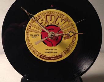"Recycled JOHNNY CASH 7"" Record / I Walk The Line / Record Clock"
