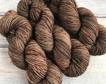 Journey Worsted in Hearth Tweed by Skeinny Dipping Yarn