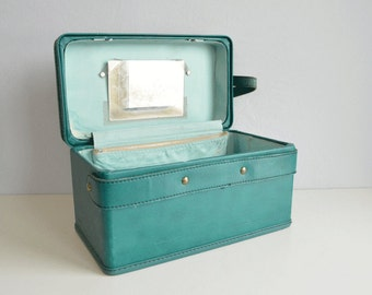 Vintage Hartmann Train Case / 1950s Turquoise Leather Luggage Overnight Cosmetic Case