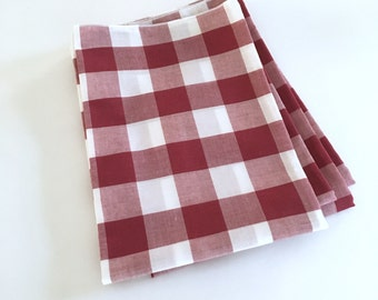 SALE!! Cloth Napkins - Large Burgandy Red and White Gingham Cloth Napkins - Buffalo Check - Set of 4 - Dinner Napkins