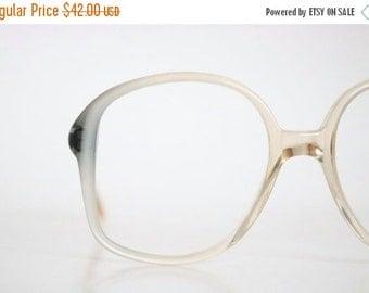 ON SALE dove fade eyeglass frames / vintage