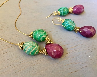 Carved Jade Necklace Earrings Set Green and Lavender Jade Gold Jewelry Set Gift for Her