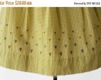 On Sale 60s Gingham Plus Size Skirt Rockabilly Golden Wheat Flocked Metal Zipper