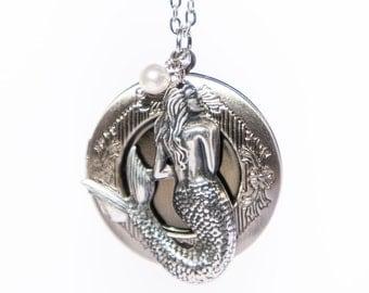 Mermaid Locket, Mermaid Jewelry, Antique Locket, Mermaid Necklace Sister Mermaid Locket Necklace Mermaid Gifts Daughter College Student Gift