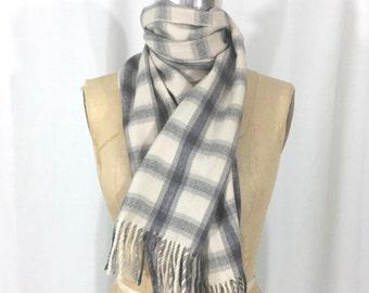 vintage cashmere plaid scarf / gray off-white / fringe scarf / oblong scarf / neck scarf / head scarf / vintage scarf