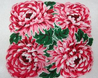 "Vintage Hankie Stunning Pink & Red Mum's Chrysanthemum YUMMY! 12 1/2"" x 13"""
