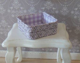 Hat straw basket in light purple