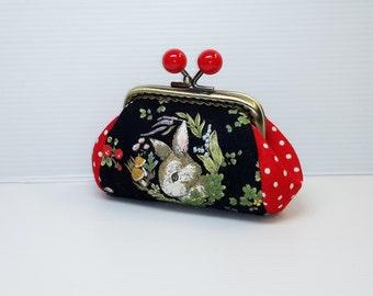 Black rabbit red dots  coin/change pouch/purse/wallet w bubble head metal frame