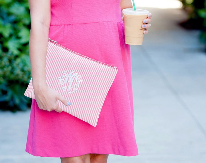 Monogrammed Clutch, Monogrammed Gifts, Monogrammed Bridesmaid Gift, Pink Seersucker, Makeup Bag, Cosmetic Pouch, Toiletry Bag, Travel Set