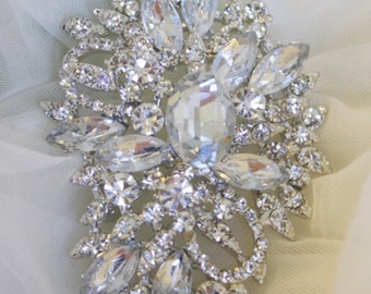 Rhinestone Brooch - Crystal Brooch Pin - Vintage Style Brooch- Perfect For Bridal Wedding Bouquets - Bridal Sash