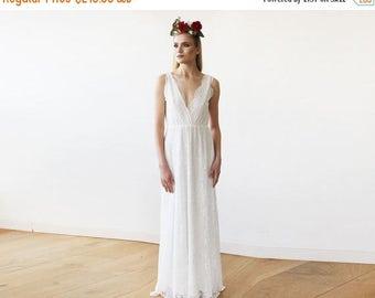 Spring Sale Sleeveless Ivory Lace Wedding Gown, Lace boho bridal dress 1150