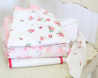 APRON, Mid Century, Floral Pink and White Cotton Half Apron with Side Pocket, Little Princess Birthday Party, Gifts for Her