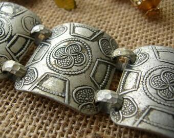 Vintage Jewelry Lot - Bracelet - Brooch - Earrings