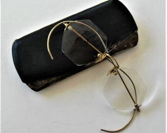 Vintage wire rimmed Eyeglasses with original Metal Case, gold rims, hexagon lenses, Accessory, stagae prop, gift idea