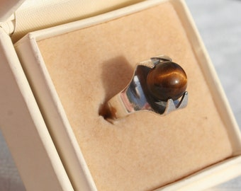 Vintage Tigers Eye Kinetic Ring by Kultaseppa Salovaara Finland 1970s 1971