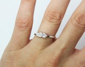 Feather silver ring - Sterling silver ring ''Feather '' Stacking ring - jewelry - knuckle ring  - delicate ring - midi ring - gift