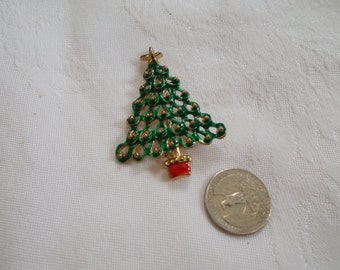 Vintage Christmas Tree Pin-P3116