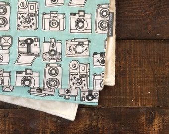 Vintage Camera Baby Blanket // Baby Blanket Photography Prop // Camera Baby Gift // Vintage Camera Nursery Bedding // Vintage Crib Bedding