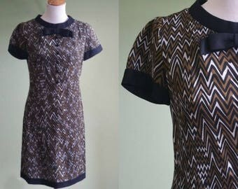 1960s Zigging and Zagging Shift Dress - Vintage 60s Mod Dress - Small