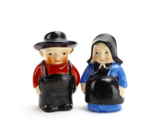 Vintage MINT Amish Couple Salt Pepper Shakers, Dutch Salt Pepper, German Shakers Country Farmhouse Mr & Mrs Shakers Anthropomorphic, Epsteam