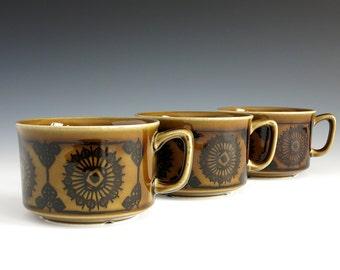 Stavangerflint Sera Mugs or Cups - Inger Waage Design - Scandinavian Tableware - Stavangerflint Norway - Green Norwegian Cups - Norway 3039