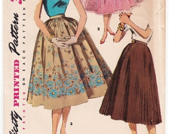 "FF 1955 Simple to Make 3 Styles Misses' Skirts Vintage Sewing Pattern [Simplicity 1033] Waist 28"", Hip 37"", UNCUT"