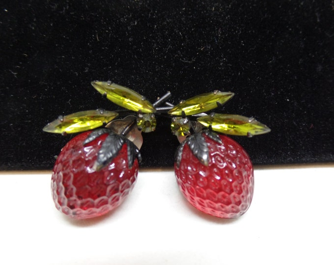 AUSTRIA Signed Vintage Carved Glass Strawberry Earrings!