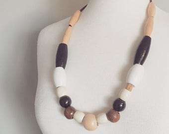 Vintage WOOD BEADED NECKLACE/Leather and Painted Wood Beads/One Size