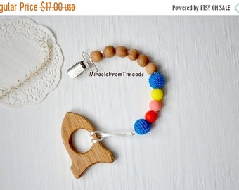Christmas Sale Dummy chain,wooden teether,Pacifier clip teething toy,Wood rocket teether,Pacifier chain,missile baby toy,silicone beads,hold