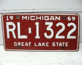 License Tag Plate Michigan Automobile Man Cave Bar Decor 1969 Red RL 1322