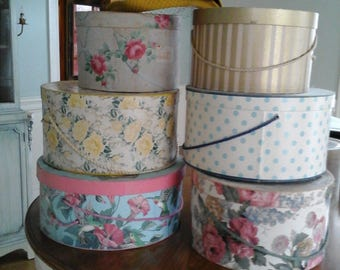 set of hat boxes