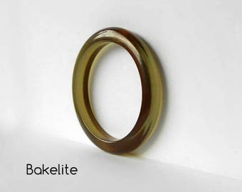 Vintage Bakelite Bangle Bracelet  Green Tea Apple Juice