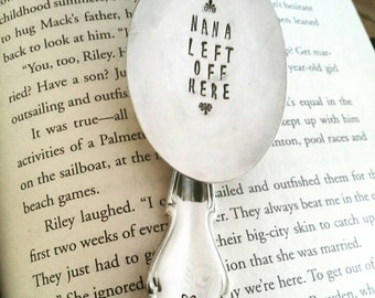Bookmark for Nana, Spoon Bookmark, Gift for Mom, Book Lover, Gift for Nana, Gift for Grandma, Loves to Read