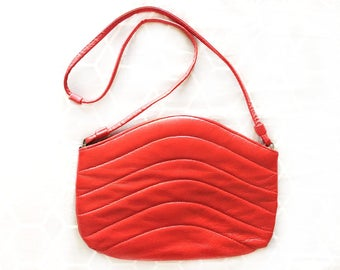 Snap-Shut Purse - Bright Red - 80s