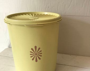 Vintage Large Tupperware