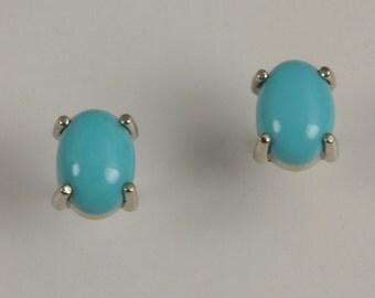 Turquoise 14kt Gold Post Earrings 47-10127