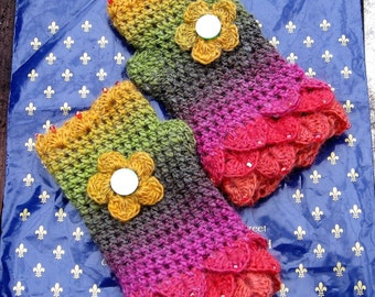 Fingerless gloves. Crochet gloves. Wrist warmers. Eye catching and pretty. Crocheted and beaded. Own design. OOAK. Unique.Lovely gift.
