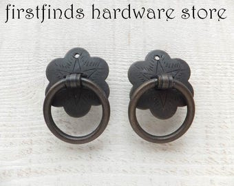 2 Ring Pulls Bronze Iron Furniture Flower Plate Dresser Drawer Cupboard Handles Painted Kitchen Cabinet Door Metal Knobs ITEM DETAILS BELOW
