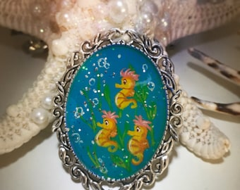 Disney Ariel little mermaid brooch handpainted Arielle brooch