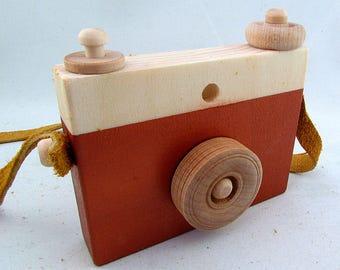 Copper coloured wooden toy camera - Metallic Copper wooden camera toy - Copper coloured toy camera - Copper wood camera - wood toy camera