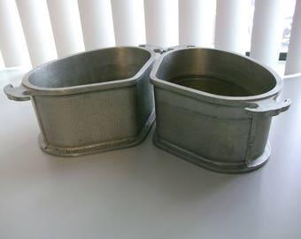 Set of four Pieces of Guardian Service Pans