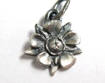 Sterling Silver Flower Charm Pendant Manuka (Tea Tree Flower)