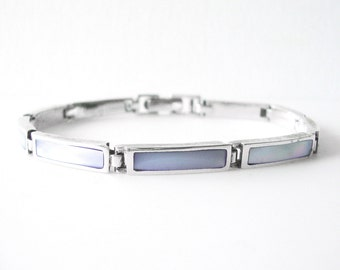 Sterling Silver Linked Bracelet With Lavender Mother of Pearl Inlay 8 1/4 Inches