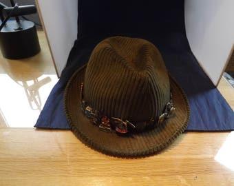 Vintage Men's International German Green Hat with Pins, Gamsbarte  Feather