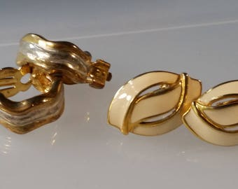 2 Pair of Clip on Earrings 1 pair Signed Napier