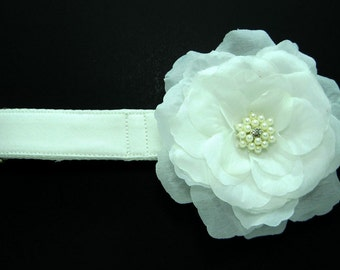 Wedding dog collar-White Dog Collar with White flower set  (Mini,X-Small,Small,Medium ,Large or X-Large Size)- Adjustable