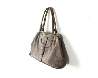 Olive purse Brown Bag Kelly Bag cowhide 1960s Purse 60s Purse Frame Purse Structured Bag Vintage Bags Purses Women Bags Purses Handbag