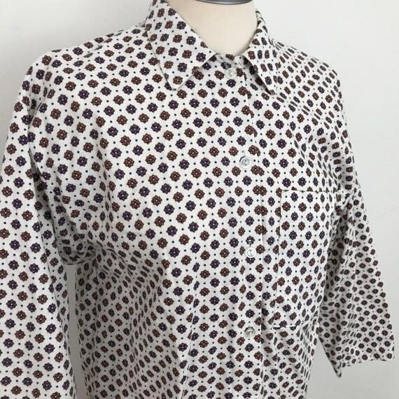 Vintage paisley blouse 1980s top white cotton Mod shirt 80s oversized UK 10 pyjama pajama style wide sleeves square cut avant garde